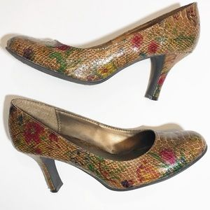 CL by Laundry Snakeskin Print Brown Pumps Size 8